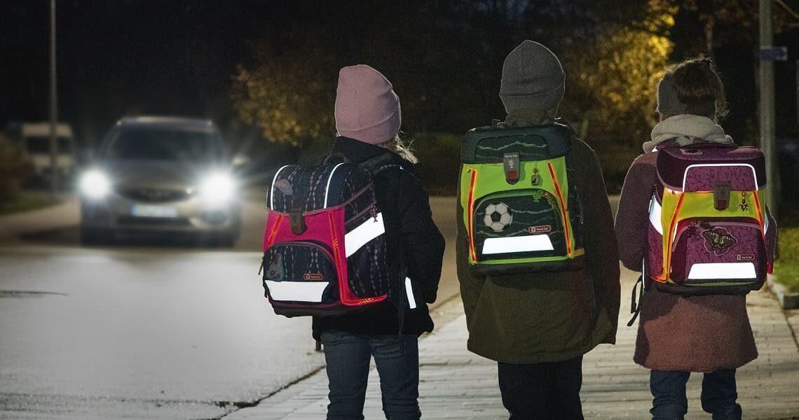 Neon Pull-Over für den Schulranzen – Das Plus an Sicherheit
